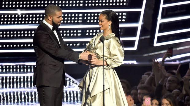 Rihanna Wins Big at MTV's Video Music Awards